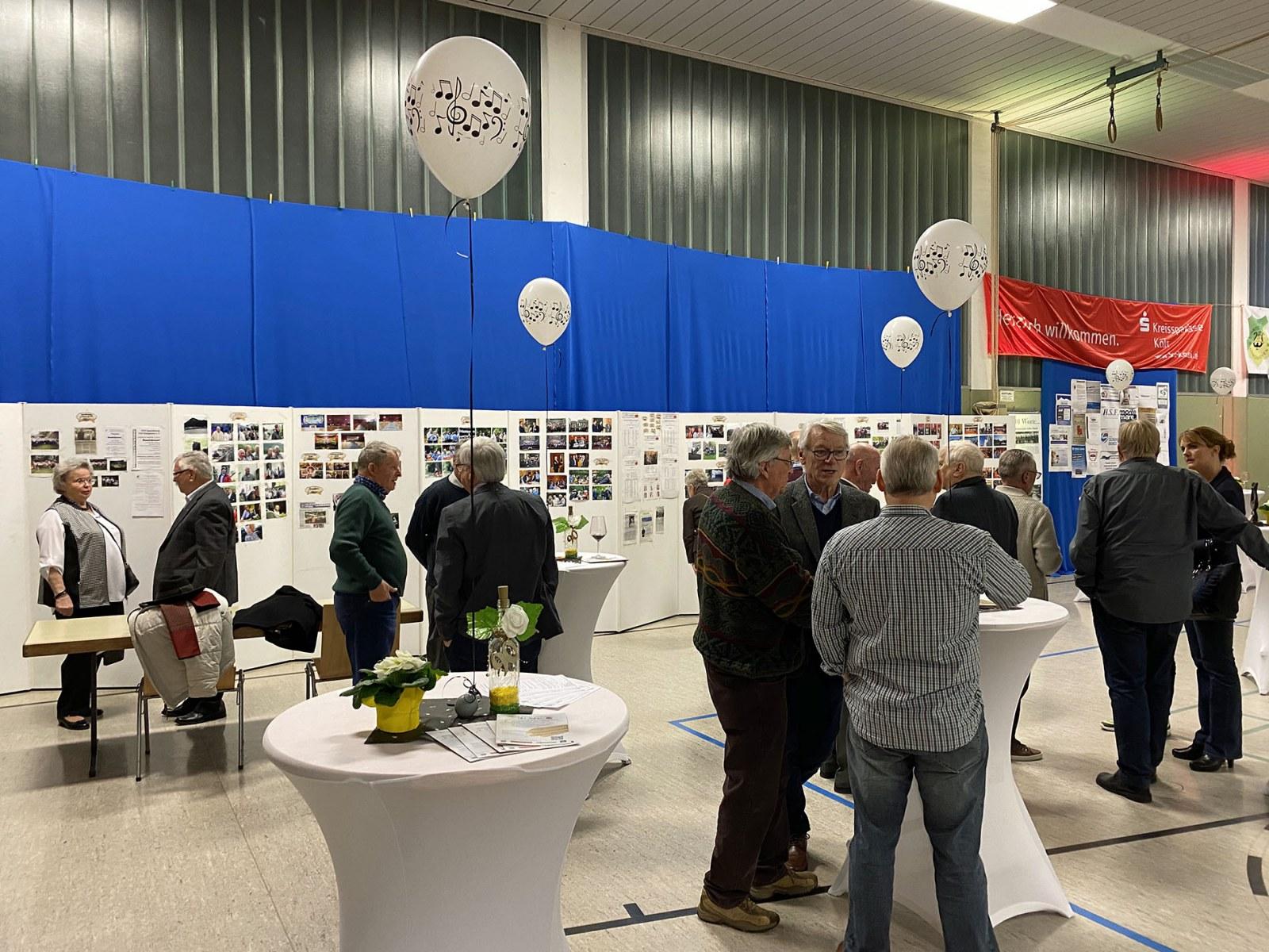 20200117-Eroeffnung-der-Fotoausstellung-zu-90-Jahre-MGV-Quartettverein-Foto054