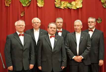 (v.l.n.r.) Josef Prager (1. Tenor), Hans König (1. Tenor), Jakob Noll (2. Tenor), Dieter Neuss (2.Tenor), Wolfgang Schäfer (1. Bass), Peter Schreiber (1. Tenor) [Foto: Bastian Schlößer]
