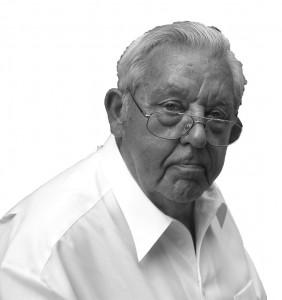 Am 03.08.2014 ist Martin Reimer, Freund & Gönner unseres MGV, im Alter von 81 Jahren verstorben.
