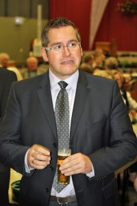 Schirmherr & Bürgermeister Sascha Solbach.