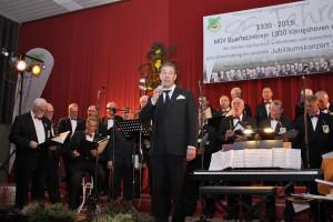 Norbert Conrads bereicherte das Konzertprogramm zum Jubiläum des Königshovener Quartettvereins.