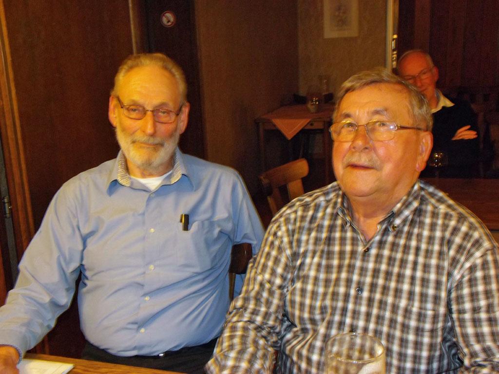 Die diesjährigen Kassenprüfer Karl Kutzbach und Bernd Lehmann freuten sich über den harmonischen Verlauf der Jahreshauptversammlung.