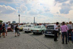 """Die """"Classic Remise Düsseldorf"""" zeigte eine Vielzahl historischer Oldtimer."""