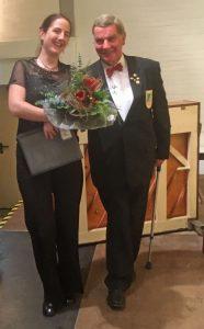 Die Freude nach dem gelungen Konzert war nicht nur bei Chorleiterin Daniela Bosenius und Johannes Hurtz groß.