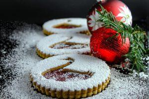 Weihnachtssingen für Jedermann und der Besuch des Nikolaus lassen Kinderherzen höher schlagen.