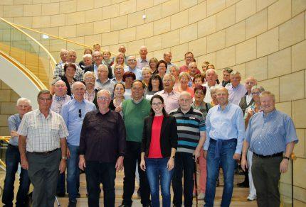 """Die """"Quartettverein-Familie"""" besuchte ihre diesjährige Schirmherrin Romina Plonsker MdL im Düsseldorfer Landtag und verbrachte einen sehr schönen gemeinsamen Tag. (Fotos: Bastian Schlößer)"""